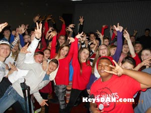 Your first step in hiring a DJ for your School Dance is to think about your School Dance budget. The entertainment at your School Dance should be about 10% of your overall budget. After you've determined your budget for your School Dance entertainment you can begin researching KeysDAN Live Entertainment and Disc Jockeys More...